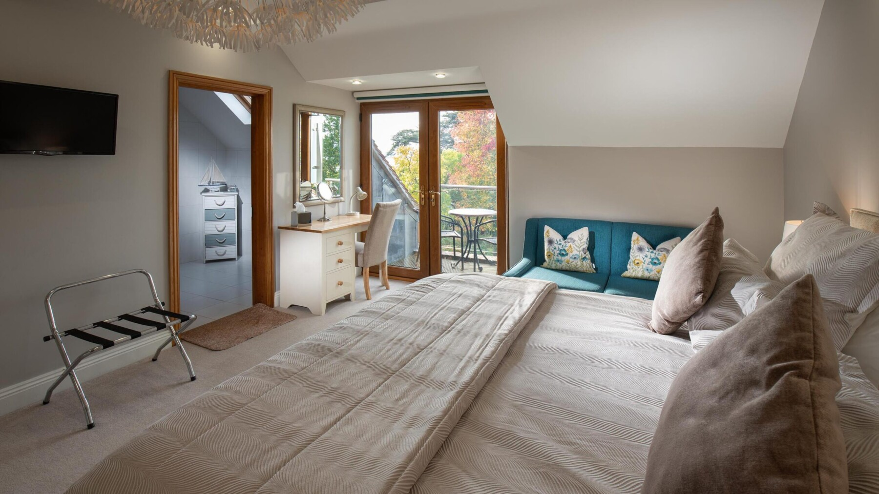 Large River View Room