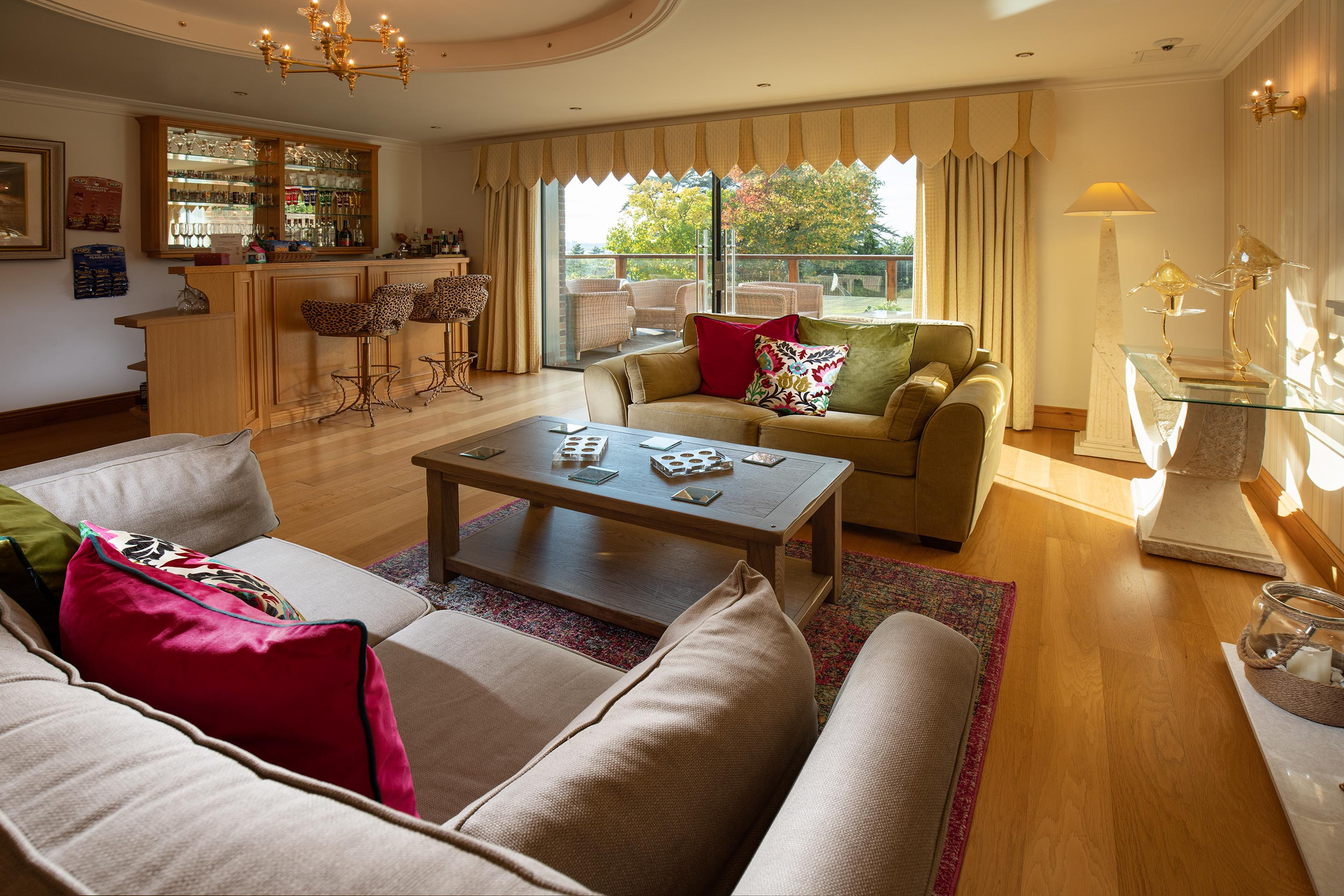Hamble Retreat Lounge